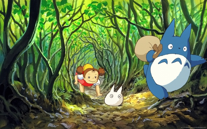 my-neighbor-totoro-crawling-through-bush-smaller